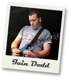 iain dodd is the lead singer and guitar